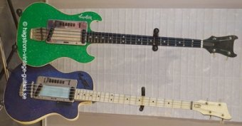 bass_couple_green_bat_blue_de_luxe_C_slideshow
